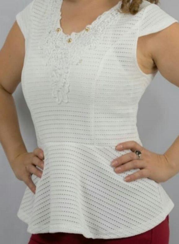Blusa estilo princesa blanca